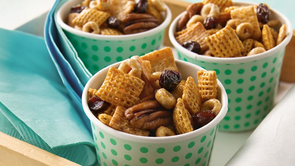 Cinnamon Snack Mix
