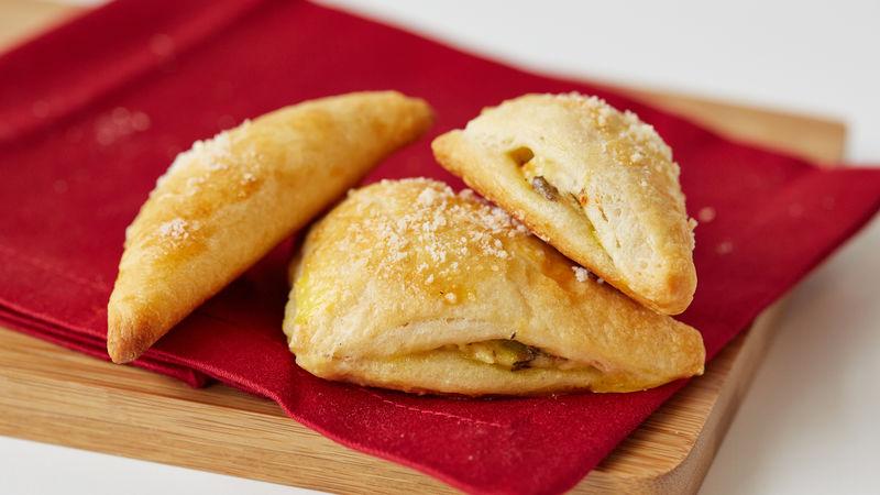 Triangles de croissants au fromage