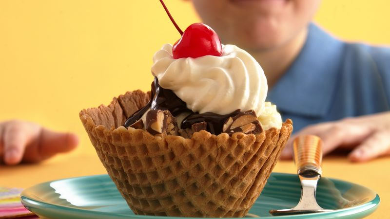 Nutty Candy Sundaes