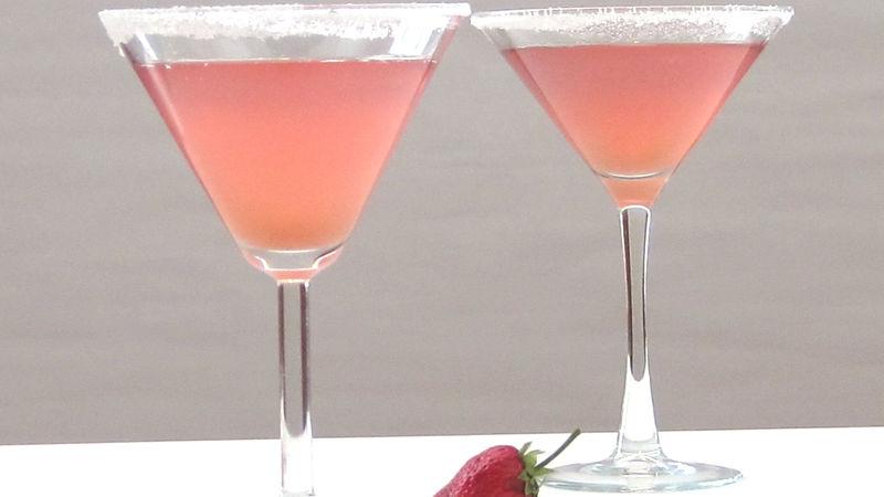 Strawberry-Rhubarb Pie Martini