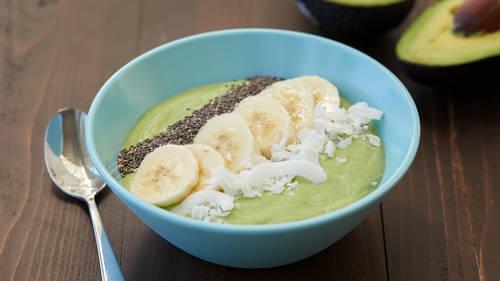 Calcium rich smoothie breakfast recipes bettycrocker tropical green smoothie bowl forumfinder Gallery