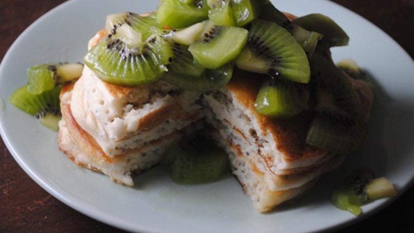 Kiwi Chia Pancakes