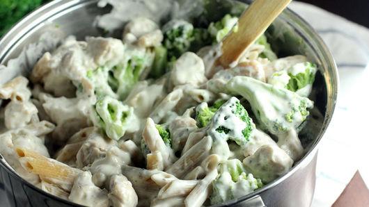Chicken-Alfredo Baked Penne recipe from Pillsbury.com