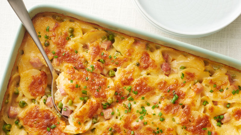 Creamy Scalloped Potatoes with Ham and Peas
