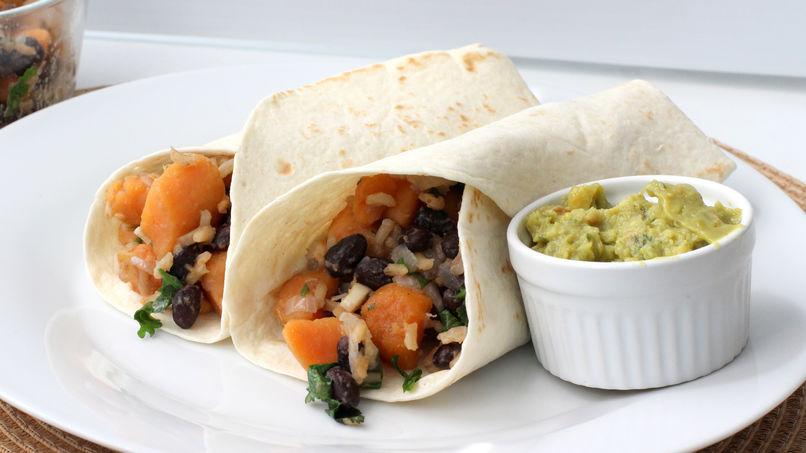 Burritos de Camote con Frijoles Negros