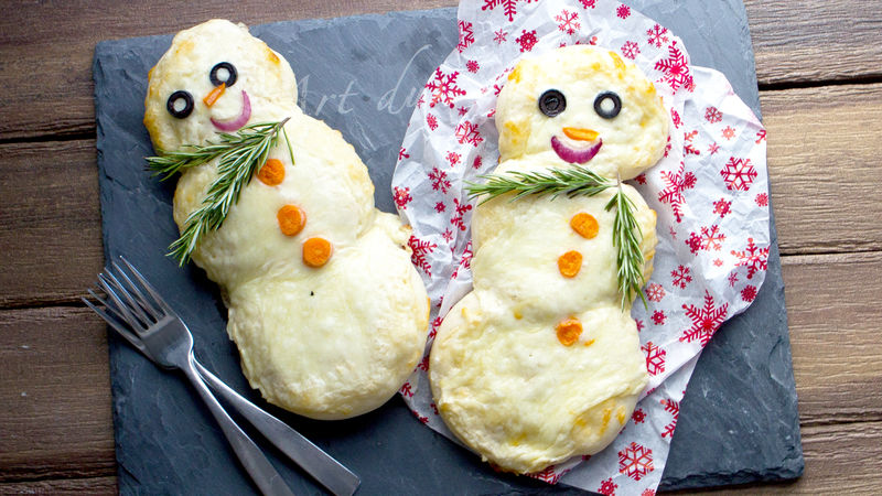 Mini Snowman Pizzas