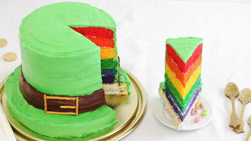 Lucky Charms Leprechaun Hat Cake