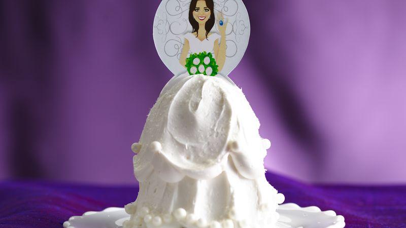 Mini Princess Bride Cakes