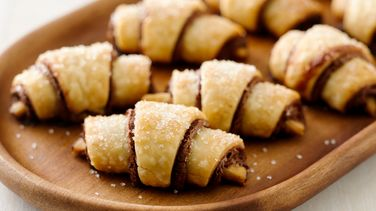 Easy Nutella™ Cookie Roll-ups