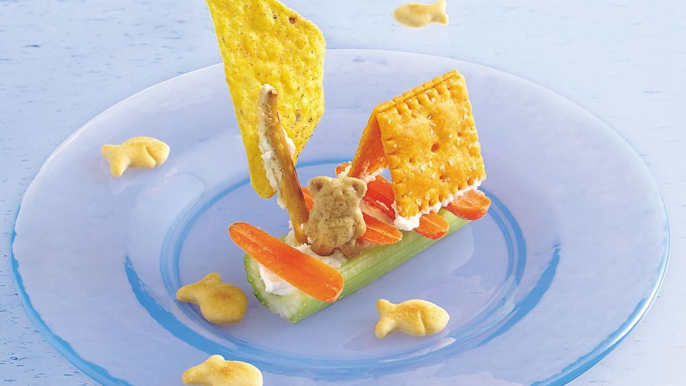 Huck Finn Teddy Bear Raft Snacks