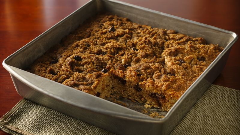 Streusel-Topped Banana-Chocolate Snack Cake