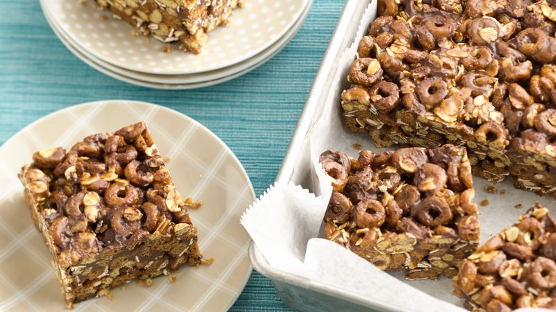 No-Bake Oatmeal Chocolate Chip Cookie Bars