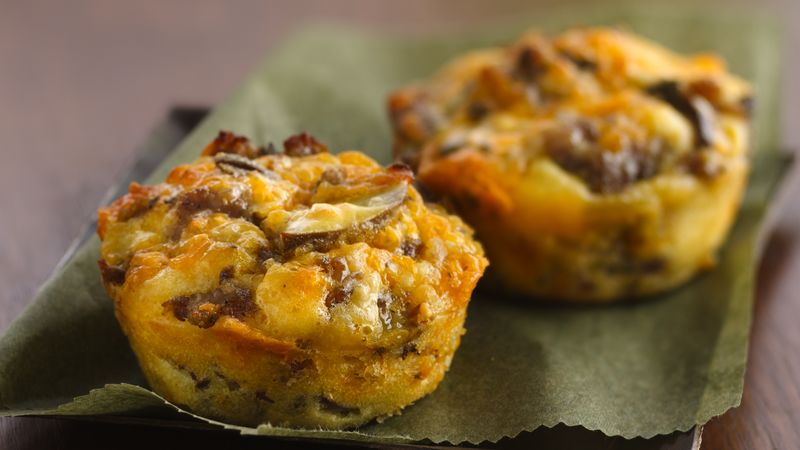 Impossibly Easy Mini Breakfast Sausage Pies Recipe Bettycrocker Com