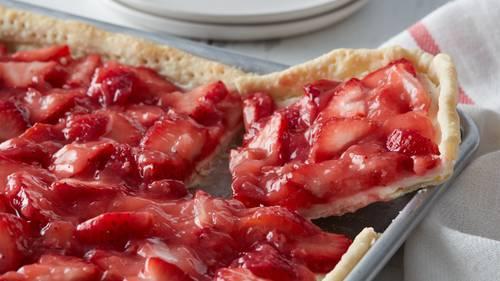 Strawberry Slab Pie image
