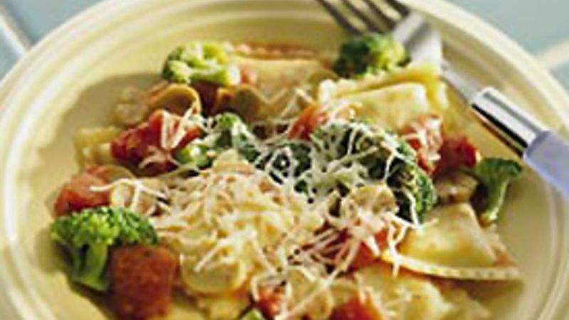 Ravioli with Broccoli, Tomatoes and Mushrooms