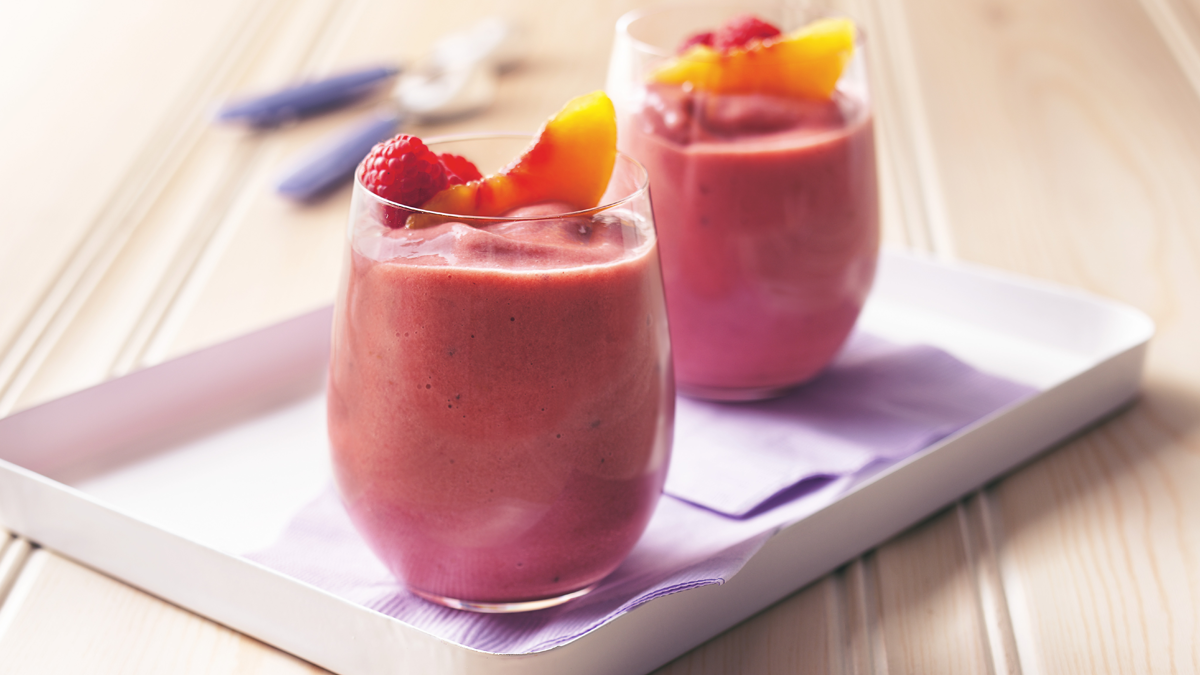Peach-Berry Smoothies