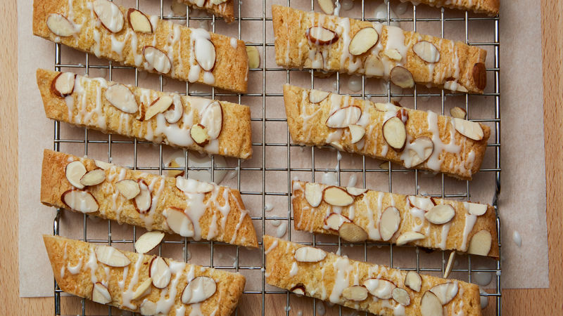 Scandinavian Almond Cookies