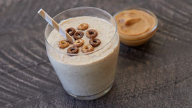 Gluten-Free Chocolate Cheerios™ Peanut Butter Smoothies