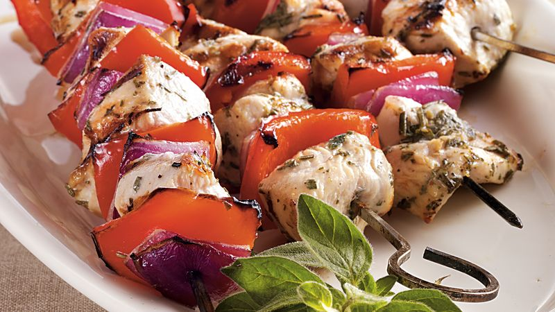 Mediterranean chicken kabobs recipe bettycrocker mediterranean chicken kabobs forumfinder Images