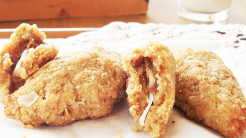 Almond and Coconut Cookies Stuffed with Dates