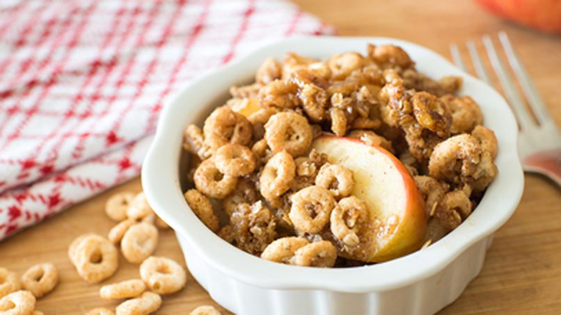 Gluten-Free Apple Cinnamon Cheerios™ Crisp