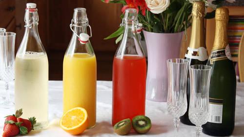 How to Set Up a Mimosa Bar - BettyCrocker com
