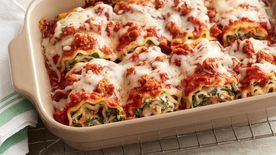 Cheesy Spinach Lasagna Roll-Ups