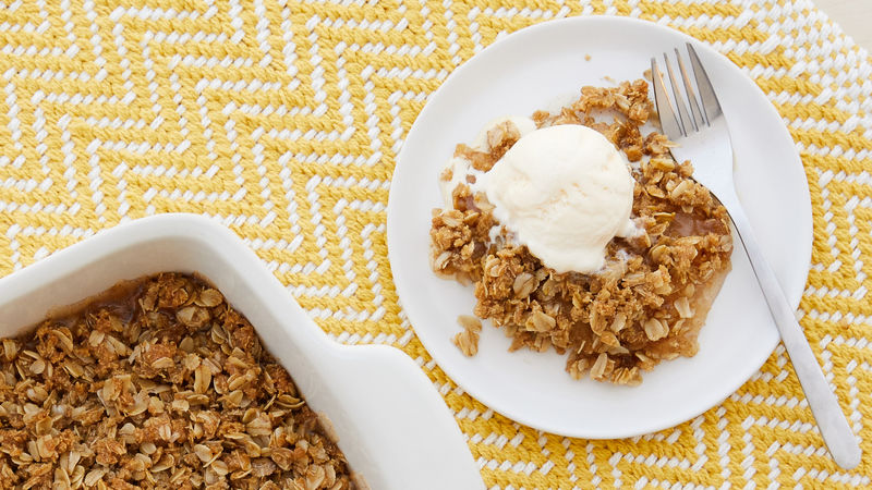 Cinnamon Toast Crunch™ Blasted Shreds™ Easy Apple Crisp