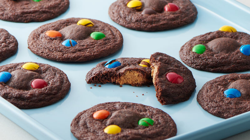 Peanut Butter Cup-Stuffed Brownie Cookies