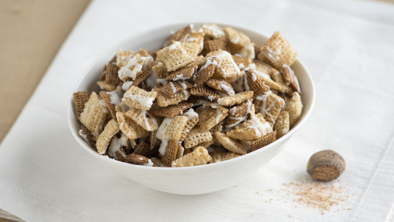 Frosted Nutmeg Cookies Chex Mix
