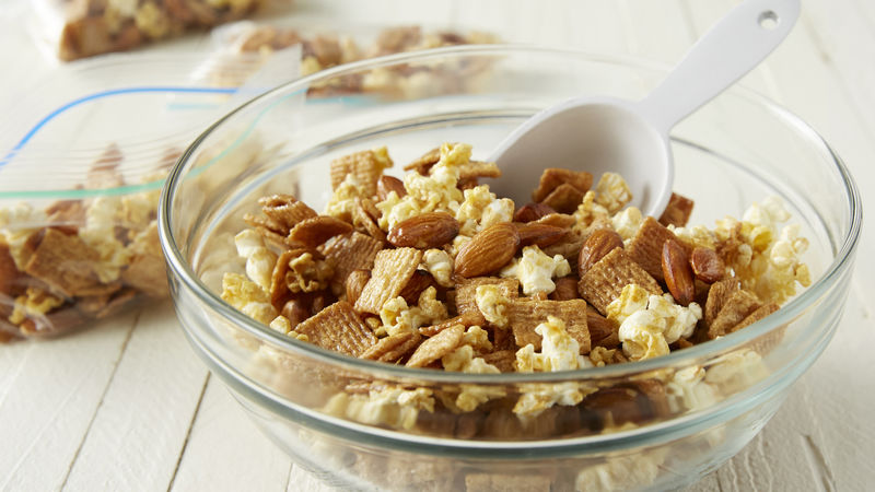 Glazed Cinnamon and Popcorn Snack Mix