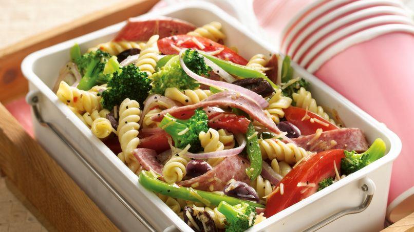 Ensalada de Antipasto con Rotini