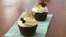 Star-Studded Celebration Cupcakes