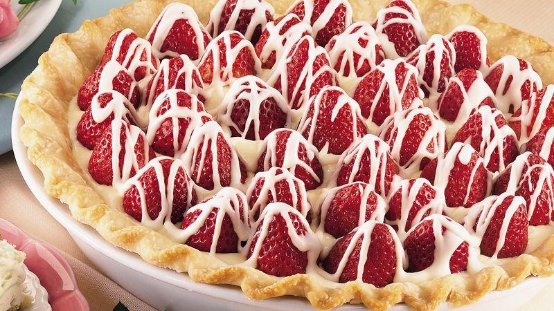 White Chocolate-Strawberry Pie