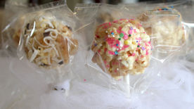Sugar Cookie-Popcorn Pops