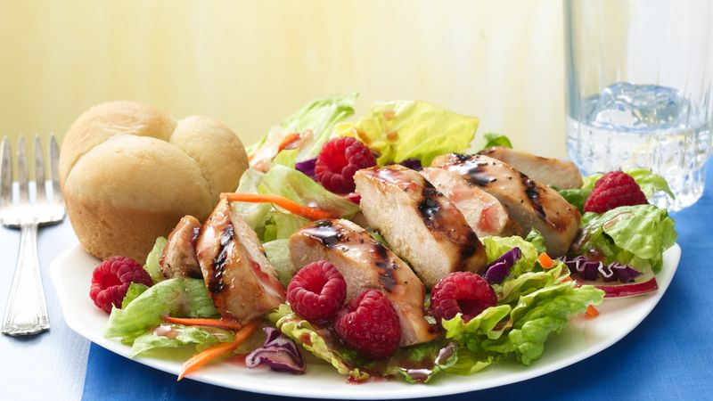 Grilled Chicken Salad with Raspberries