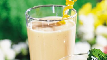 Papaya-Colada Smoothies