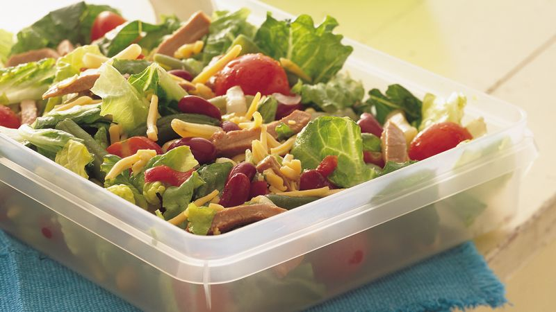 Deli Beef and Bean Tossed Salad