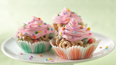 No-Bake Cereal Cupcakes