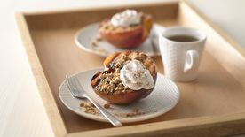 Streusel-Topped Grilled Peaches