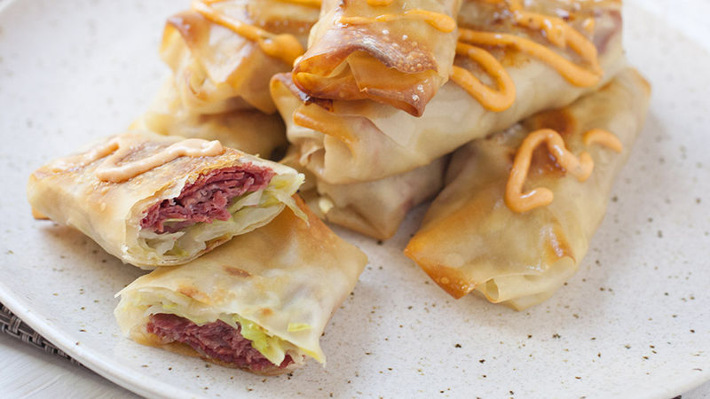 Reuben Egg Rolls | Easy Appetizer Recipes For A Big Crowd | Homemade Recipes