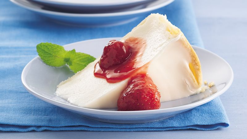 Italian Cream Pie with Strawberry Sauce