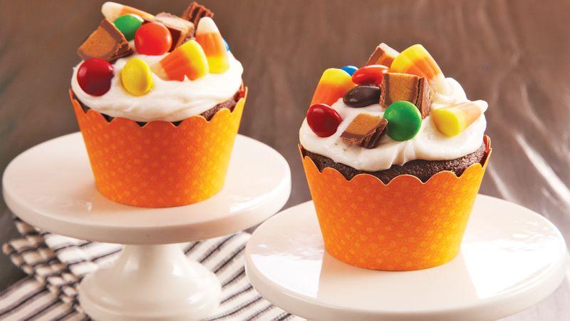 Halloween Candy Cupcakes Recipe Bettycrocker Com