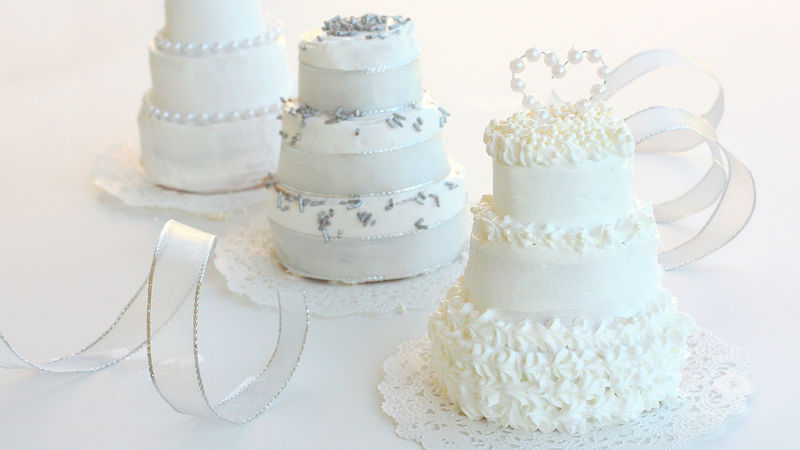 Wedding Cake Recipe.Miniature Wedding Cakes