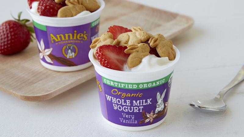 Annie's™ Yogurt Strawberry Graham Cups