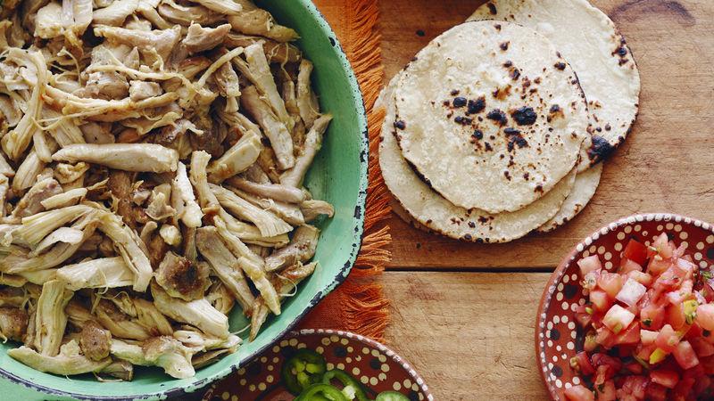 Easy Shredded Enchilada Green Chicken