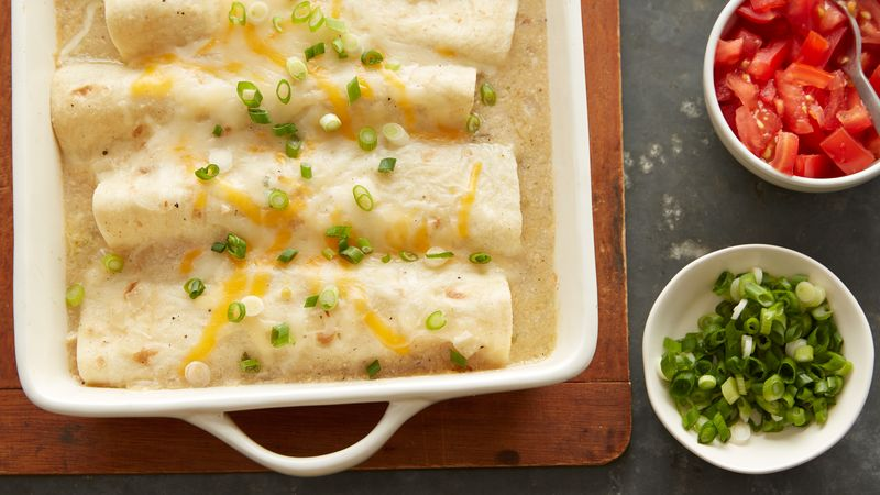 Skinny Creamy Chicken Enchiladas Recipe Bettycrocker Com