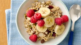 Easy Overnight Almond-Banana-Berry Muesli