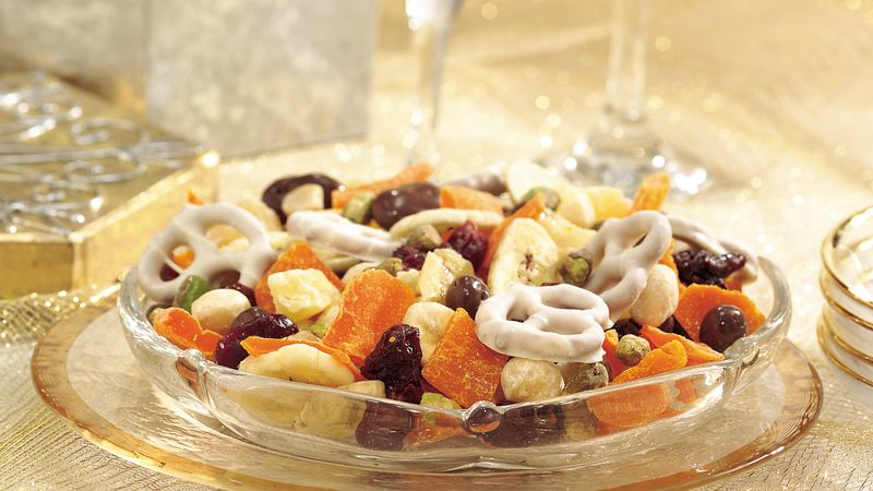 Nut and Fruit Party Mix