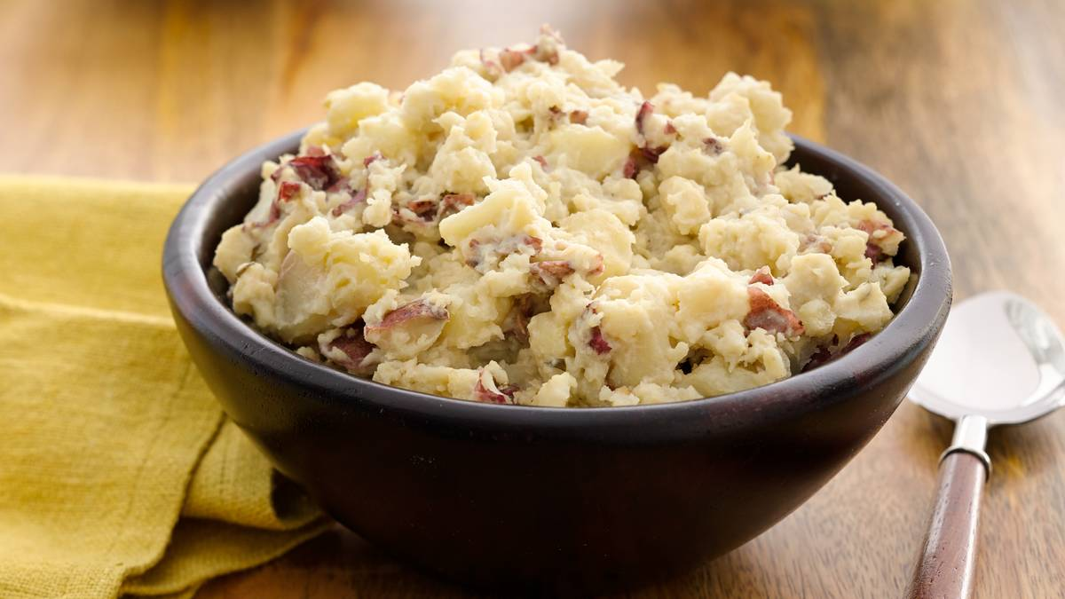 Roasted Garlic Mashed Potatoes with Toppings